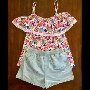 Teen girls 2 piece set. Floral top & light denim